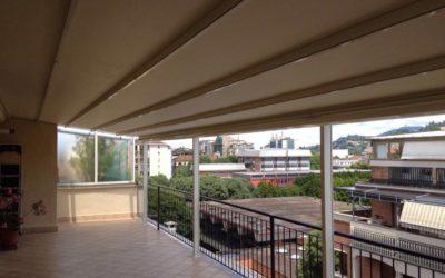 Copertura per terrazzo a Torino, clienti soddifatti con ALPI Serramenti.