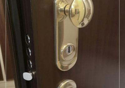 Dettaglio serratura portoncino, Dierre da AL-PI Serramenti